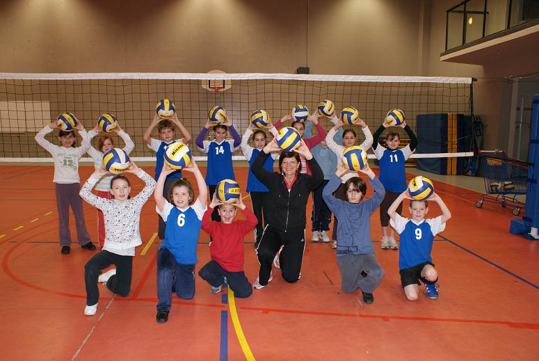 photo ecole de volley poussins poussines.jpg